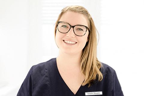 Sandra Zbinden, Medizinische Praxisassistentin